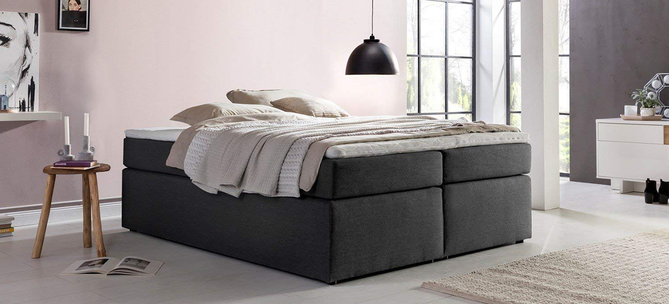 boxspringbett mit kopfteil das wichtigste in k rze 2019. Black Bedroom Furniture Sets. Home Design Ideas
